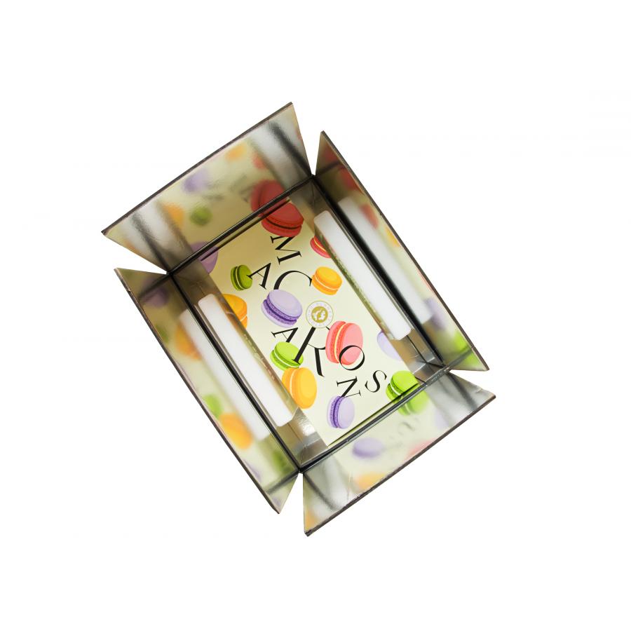 http://www.planetechocolat.com/5551-thickbox/coffret-macaron-en-ligne.jpg