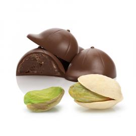 Ganache with pistachio (ref.44)