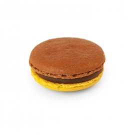 Chocolate - Passion fruit macaroon