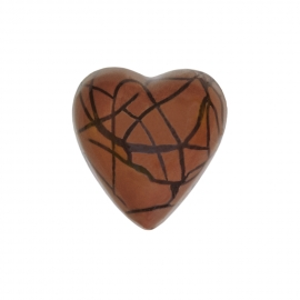 Heart milk with crunch ganache